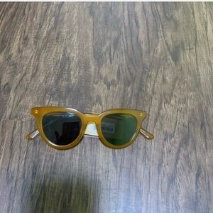 Madewell beautiful sunglasses